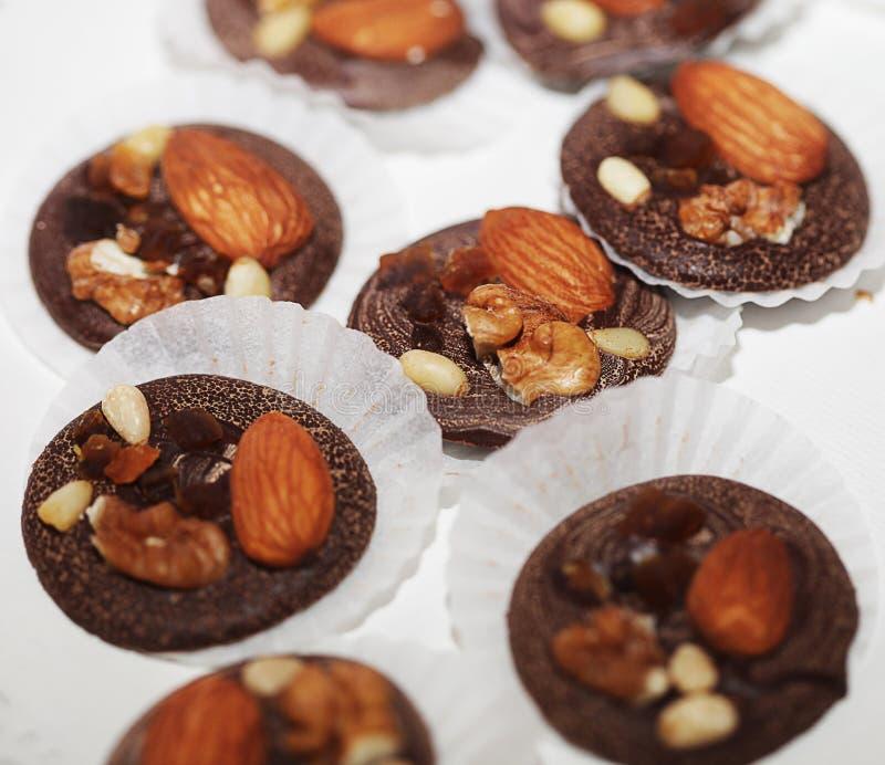 紧密chocolated甜果仁糖的变异 库存照片
