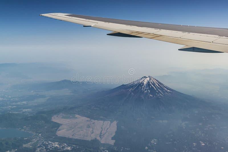 富士山和平面ving 免版税库存照片