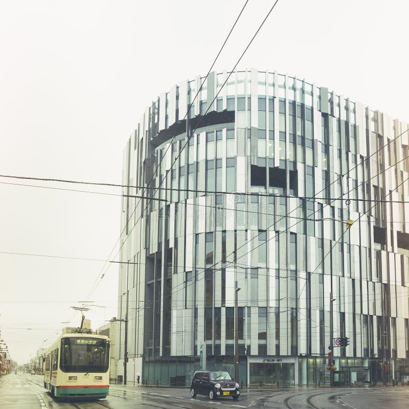 富山,日本- 2017年4月11日:玻璃博物馆建筑学Exterio 图库摄影