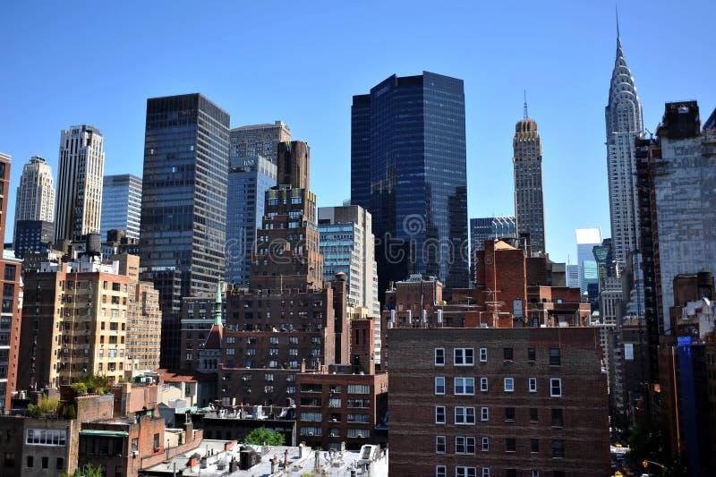 对上部东边曼哈顿的屋顶视图 库存图片