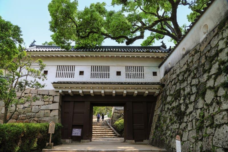 对冈山城堡的门 日本 图库摄影