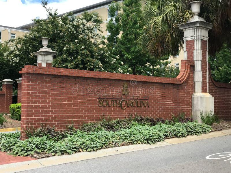 对南卡罗来纳大学校园的入口在哥伦比亚 免版税图库摄影