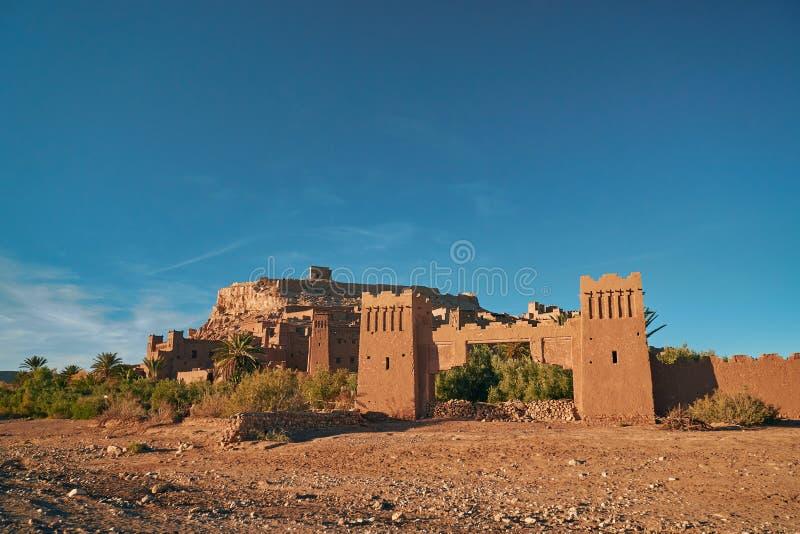 对历史的ksar Ait本Haddou的入口门 免版税库存图片