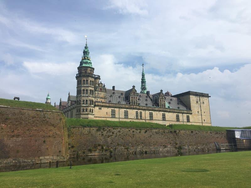 对哈姆雷特` s城堡,克伦堡的一个看法,在Elsinore,丹麦 库存图片