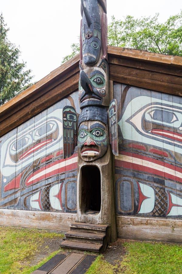 对因纽特人小屋的入口 库存照片