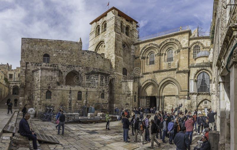 对圣墓教堂的大门 免版税图库摄影
