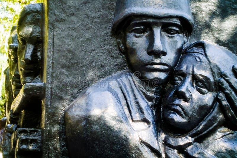 对在第2次世界大战的战士的纪念碑(俄罗斯)中死 免版税库存照片
