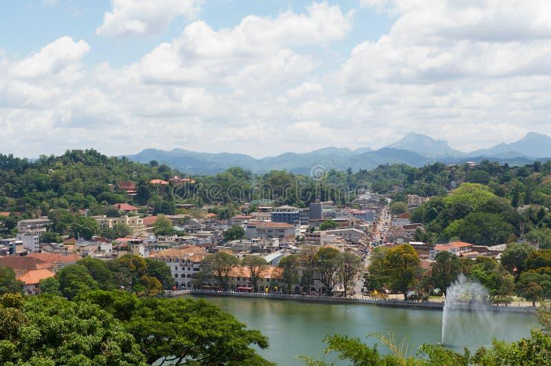 对城市的中央部分的看法在康提,斯里兰卡 免版税库存图片