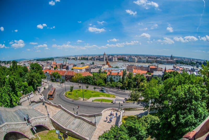 对城市的看法从历史建筑在布达佩斯 免版税库存图片