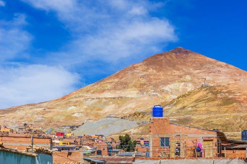 对塞罗里科银矿的看法在波托西-玻利维亚 免版税库存照片