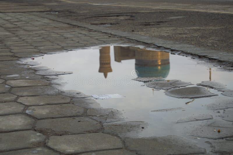 对大尖塔的看法在布哈拉 库存图片