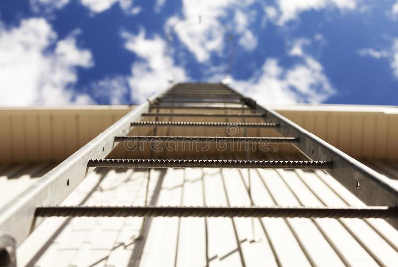 对天堂,于默奥Roback的楼梯 免版税库存照片