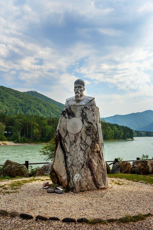 对尼古拉斯Roerich的大理石纪念碑 阿尔泰共和国,俄罗斯 库存图片