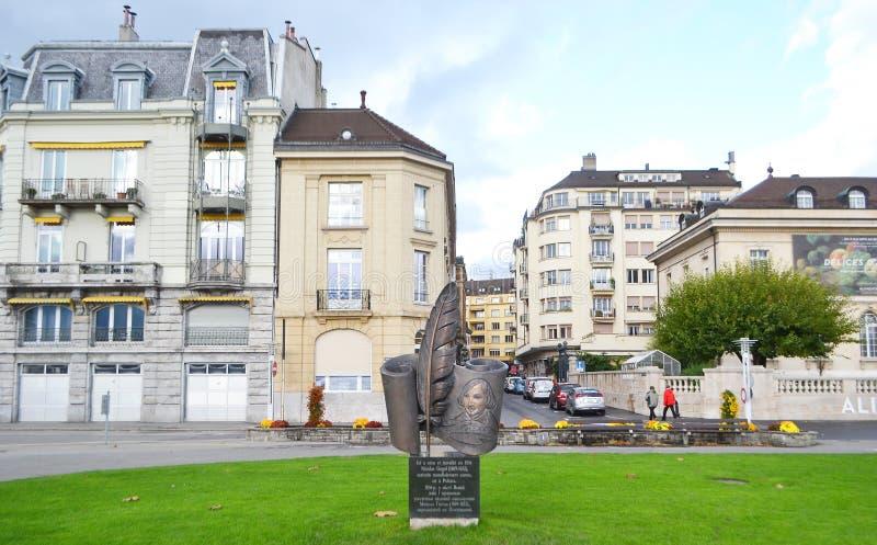 对尼古莱・果戈理的纪念碑在沃韦 图库摄影