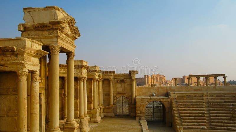 对扇叶树头榈剧院的看法Tadmor的,叙利亚 图库摄影