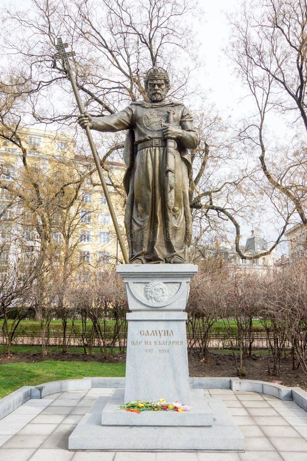 对沙皇撒母耳的纪念碑在保加利亚首都索非亚的中心 库存图片