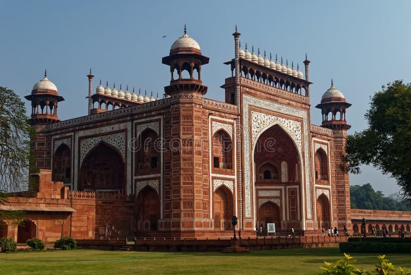 对泰姬陵或Darwaza-e-Rauza的正门门户 库存图片