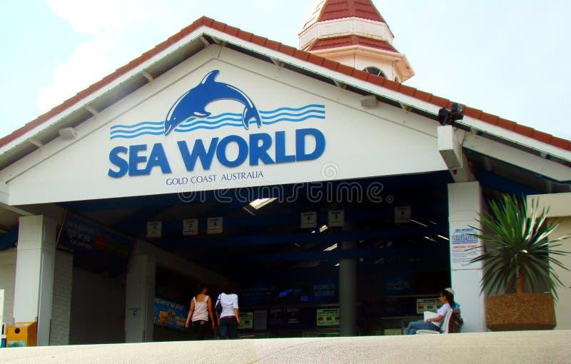 对海世界游乐园的入口在英属黄金海岸,澳大利亚 它` s海洋动物主题乐园 图库摄影