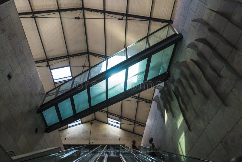 对火车站的台阶 免版税库存照片