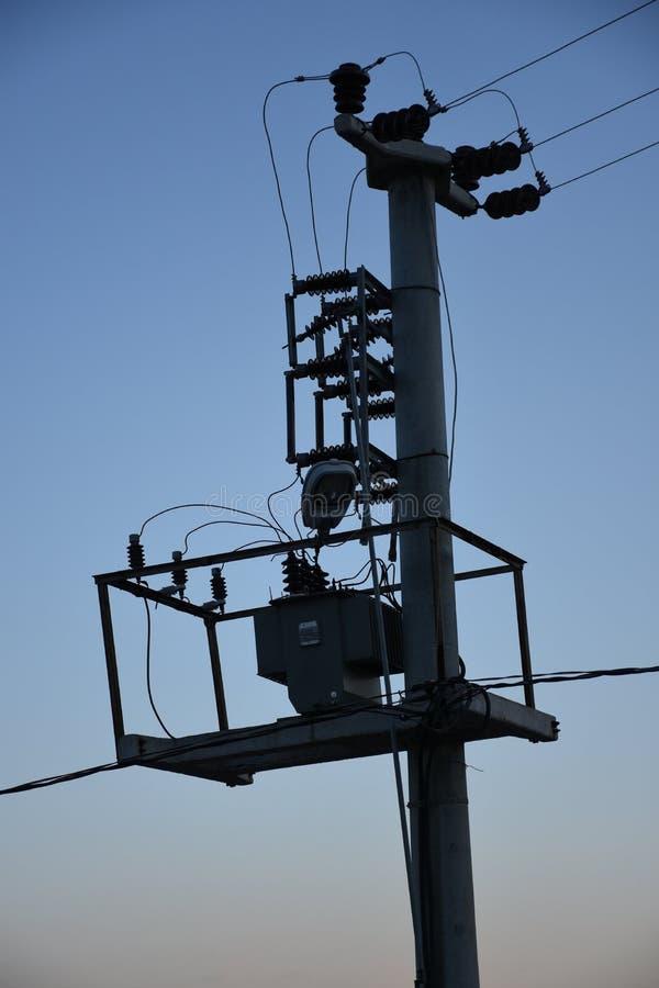 对电子定向塔的电子变压器 免版税库存照片