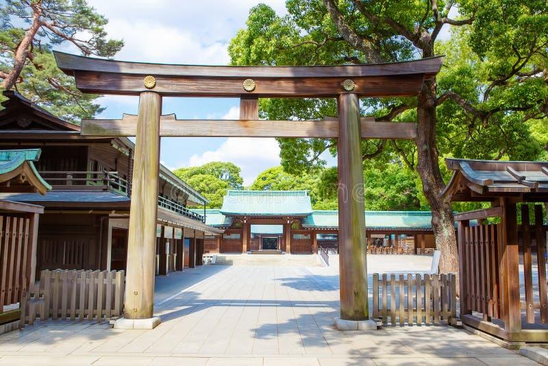 对皇家明治神宫的入口在涩谷,东京,日本 免版税库存图片