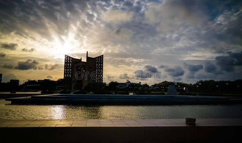 对纪念碑de le独立,洛美,多哥的外视图 免版税库存图片
