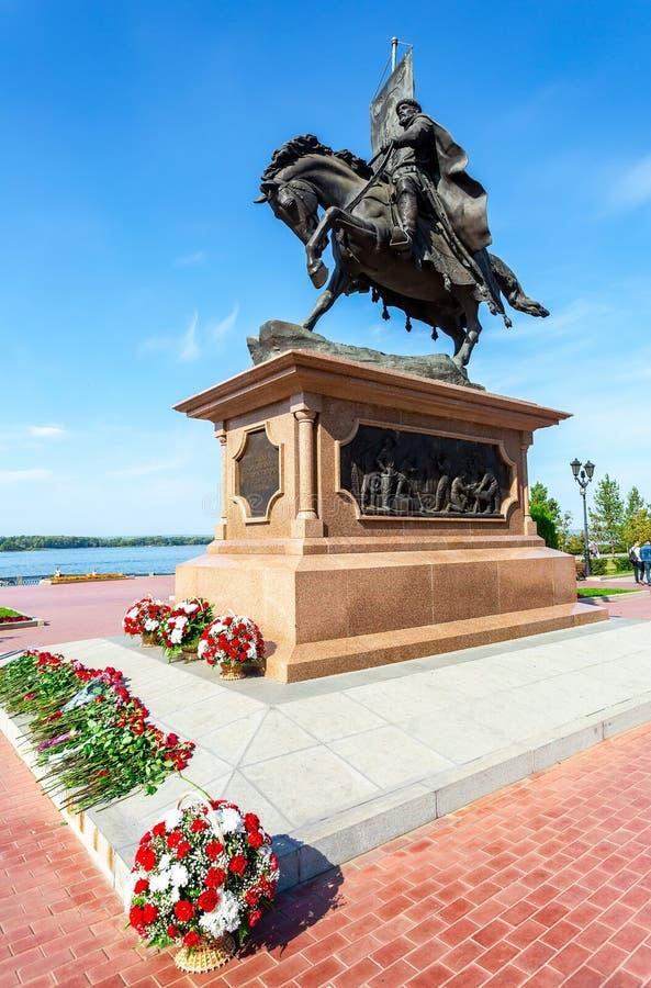 对翼果- Grigory Zaseki王子的创建者的古铜色纪念碑 库存照片
