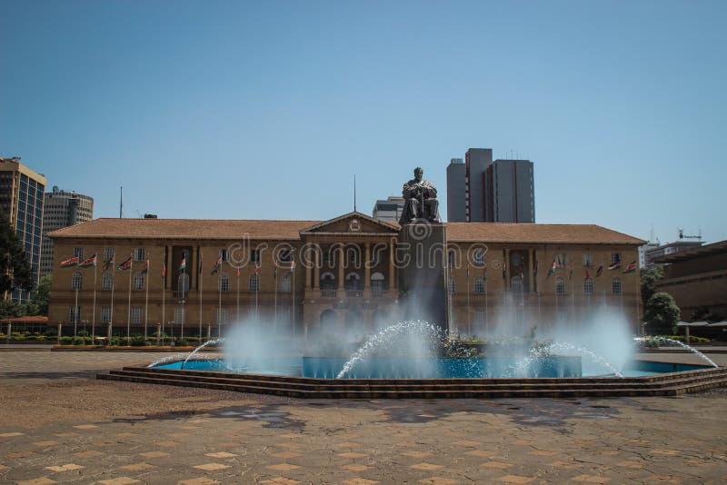 对肯尼亚的第一位总统乔莫・肯雅塔的纪念碑在内罗毕 图库摄影
