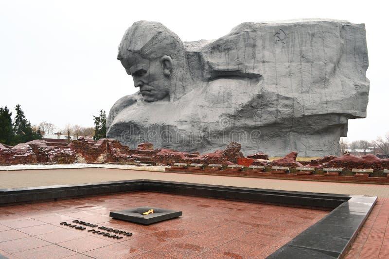 对苏联战士的纪念碑在布雷斯特堡垒,白俄罗斯 库存图片