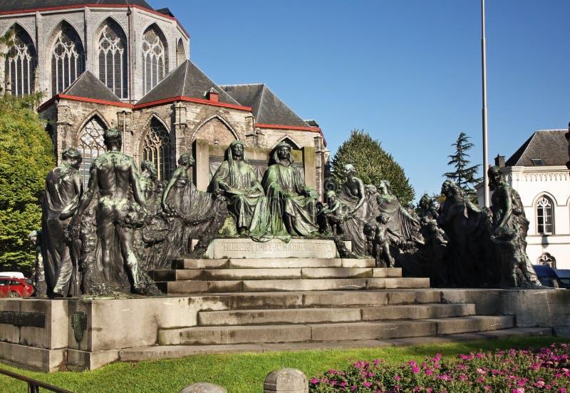 对范Eyck兄弟的纪念碑在跟特 富兰德 比利时 免版税库存照片