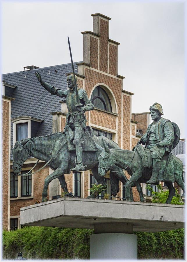 对西万提斯-唐吉诃德和Sancho Panza的要人的纪念碑在布鲁塞尔,比利时 免版税库存图片