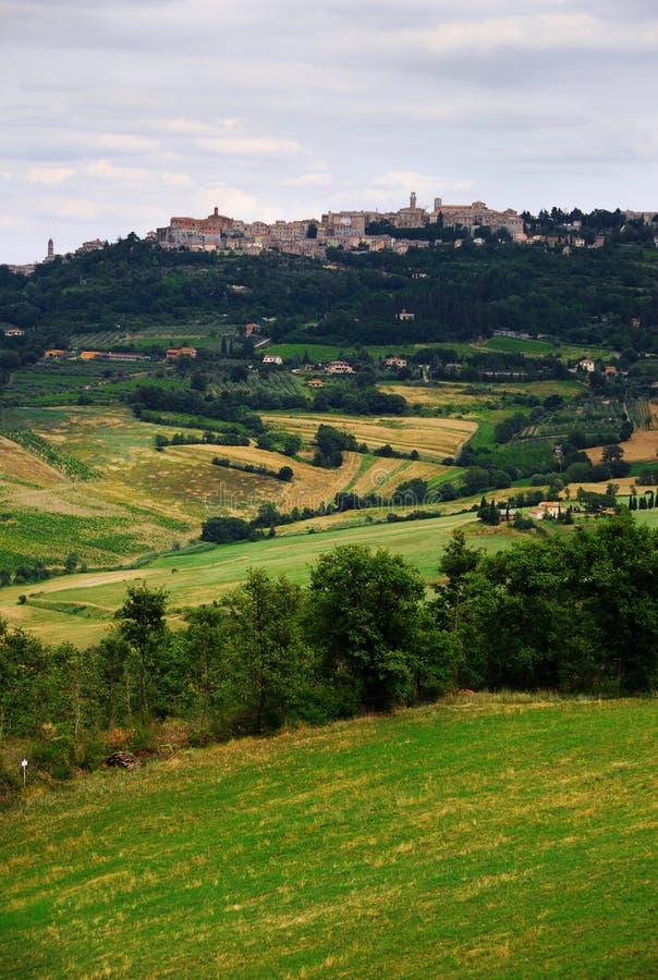 对视图的montalcino 免版税图库摄影