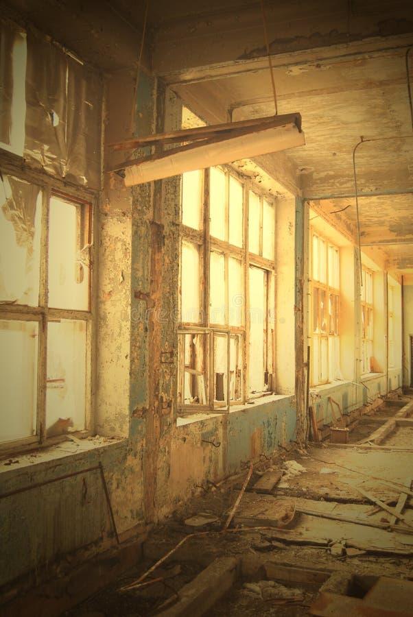 对视窗的荒芜 库存照片