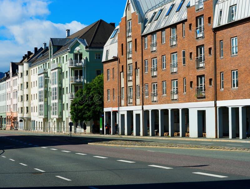 对角特隆赫姆市街道背景 免版税库存图片