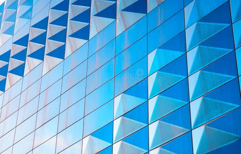 对角现代蓝色墙壁纹理背景 库存照片