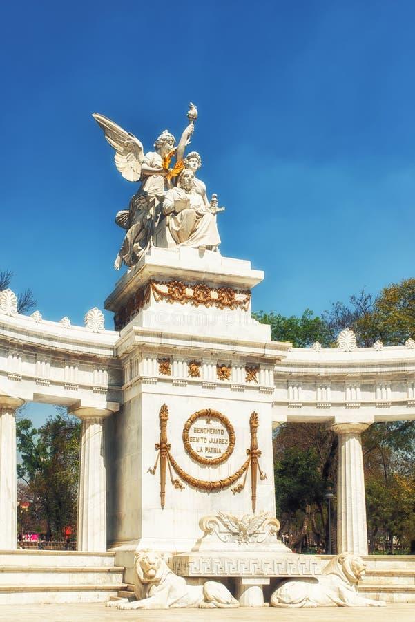 对贝尼托Juà ¡ rez的纪念碑在墨西哥城 免版税库存照片