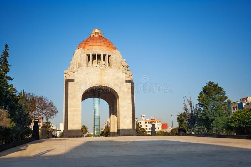 对革命的纪念碑,街市的墨西哥城 免版税图库摄影