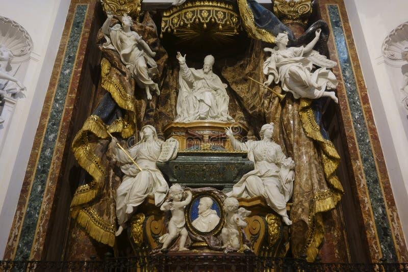 对额我略十五世的纪念碑(1697)莫诺 免版税图库摄影
