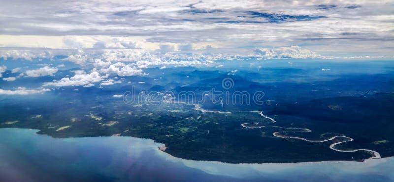对马当省巴布亚新几内亚的鸟瞰图 免版税库存图片