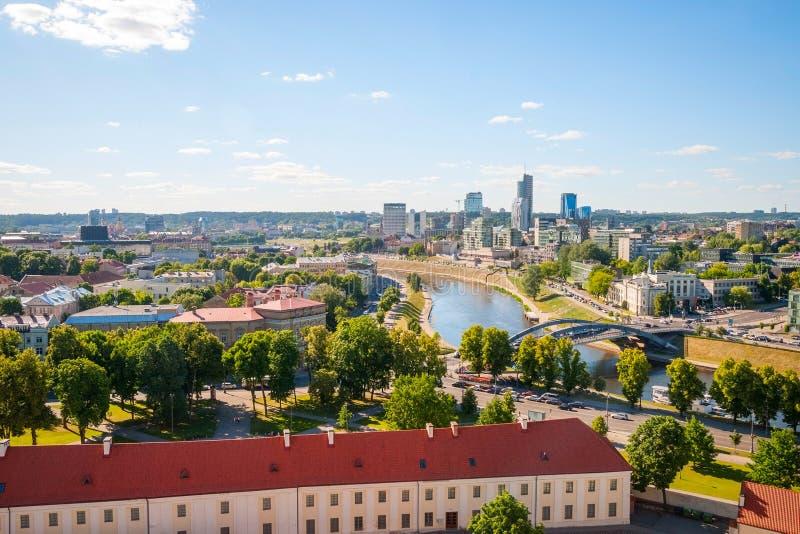 Download 对维尔纽斯,立陶宛的现代部分的看法 库存照片. 图片 包括有 横向, 房子, 安排, 地标, 教会, 拱道 - 62536870