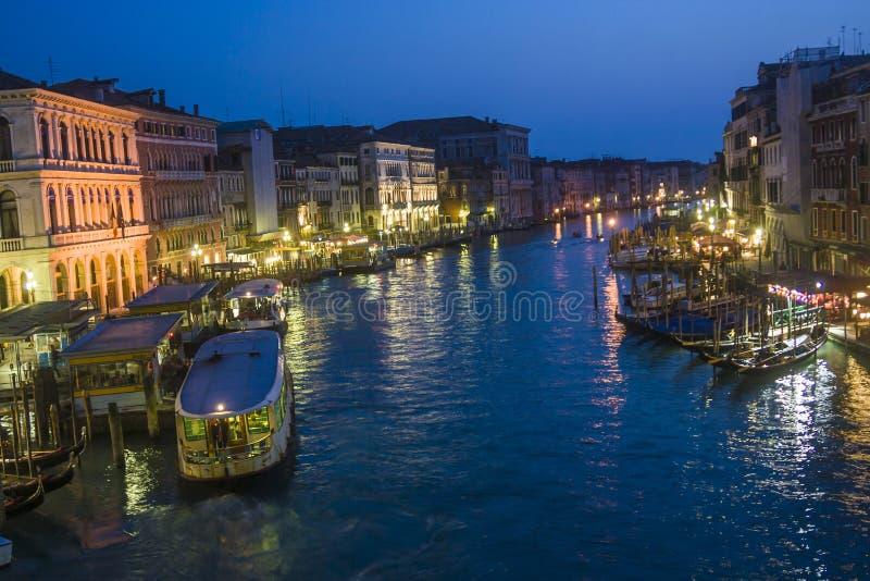 对Canale的看法重创在夜之前在威尼斯,意大利 图库摄影