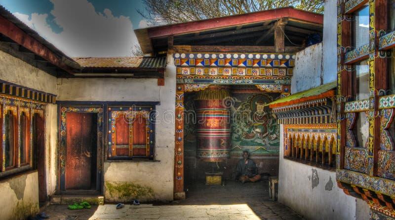 对Chimi Lhakhang修道院, Lobesa,不丹的看法 免版税库存图片