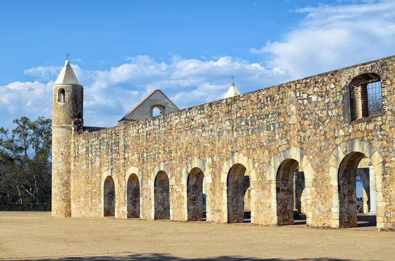 对Convento de Cuilapam的看法在瓦哈卡 库存照片