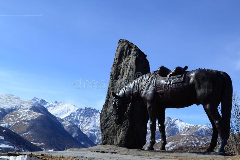 对Kurtatins的战士的纪念品 Kurtat峡谷,北奥塞梯-阿兰共和国 免版税库存照片