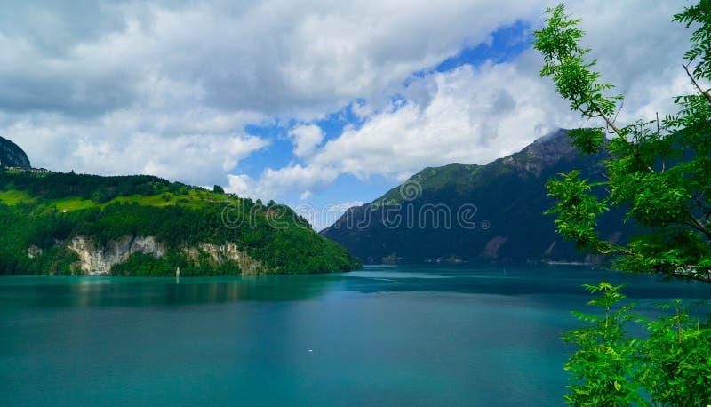 对Lucerne湖Vierwaldstattersee和山Pilatus的美丽的景色从瑞吉峰,瑞士阿尔卑斯,中央瑞士 免版税库存图片
