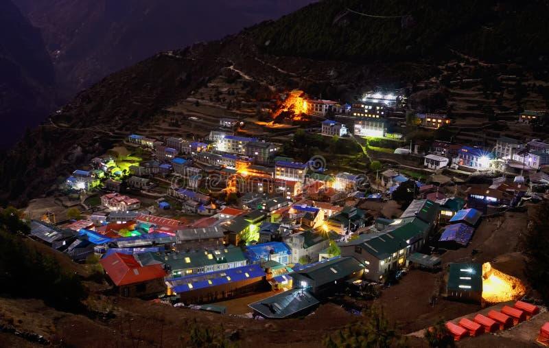 对Namche市场的夜视图,尼泊尔 免版税库存图片