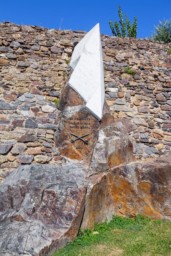 对Salgueiro玛雅, 1974年4月25日,革命的一个革命上尉的纪念碑在葡萄牙 免版税库存照片