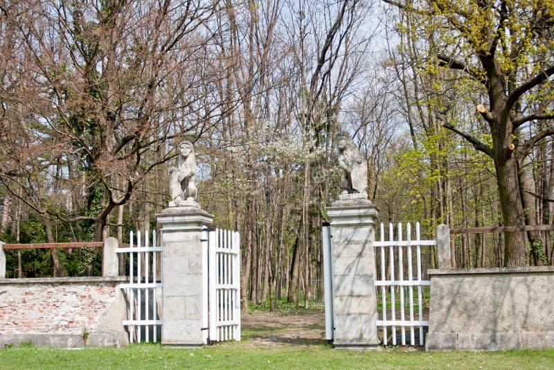 对showground的入口在Laxenburg城堡,奥地利 免版税库存照片