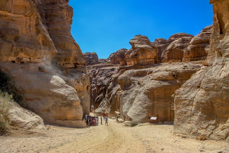对Siq的入口在Petra,约旦 图库摄影
