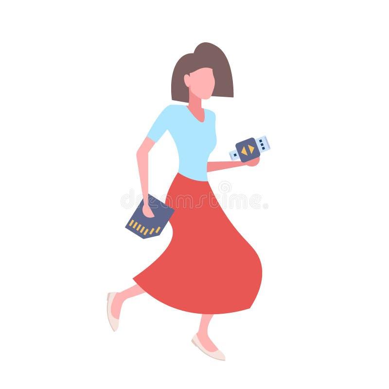 对usb一刹那推进适配器sd内存女性卡通人物全长负的妇女平展被隔绝 库存例证